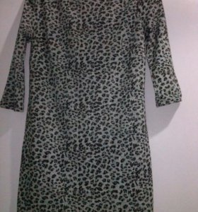 Платье короткое, 46-48 размер