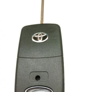 Ключ Тойота выкидной на 3 кнопки.