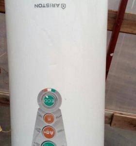 Электрический водонагреватель Аристон 80л.