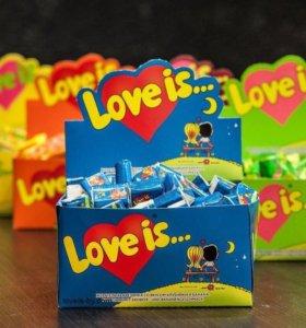 """Жвачка """"Love is..."""""""