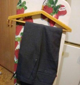 Новые брюки мужские классические р-р 44-46