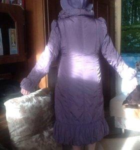 Пальто демисезонное,шляпку в подарок