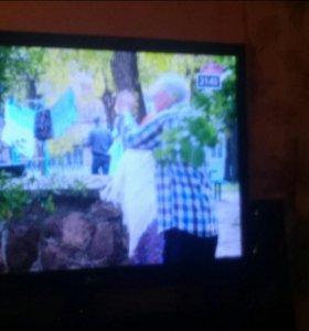 Телевизор LG (ЖК)