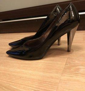 Туфли кожаные лакированные