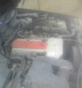 Продаю двигатель ,коробка,в обшем 99 на запч панел