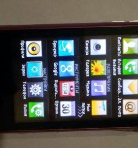 Телефон LG S 290