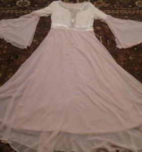 Платье. Б/у