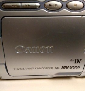 Видео камера Canon MV800 i