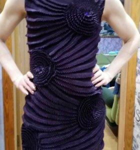 Замечательное платье р. 42-44