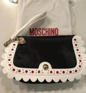 Сумка-клатч Love Moschino