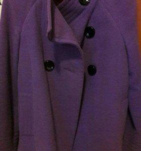 Пальто женское р.46- 48 б\у
