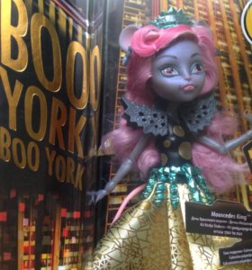 Кукла Monster High Boo York CHW61