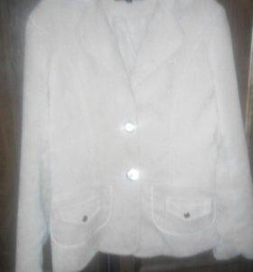 Вельветовая легкая куртка-пиджак