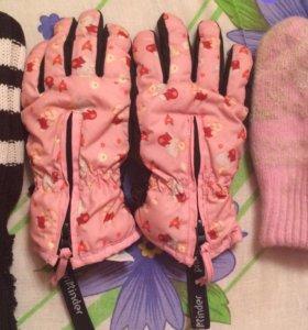 перчатки весенние на 3-4-5 лет