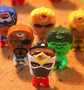 Marvel киндер сюрприз игрушки