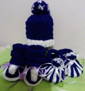 Комплекты, шапочки, пинетки, шарфы