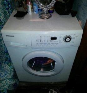 Машинка стирал.самсунг