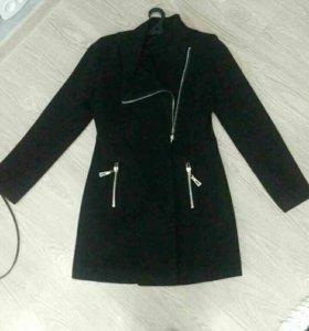 Пальто шикарное срочно