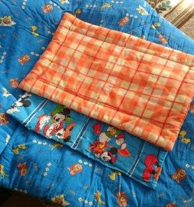 Одеяло и подушечки