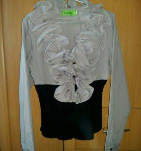 Блузка на корсете