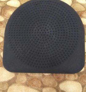 Массажная подушка-тренажер для сидения TOGU