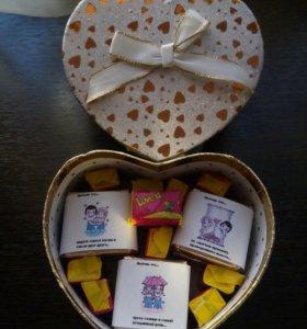 Коробочка с конфетами и жвачками Love is (3)