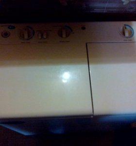 Полуавтоматическая стиральная машинка