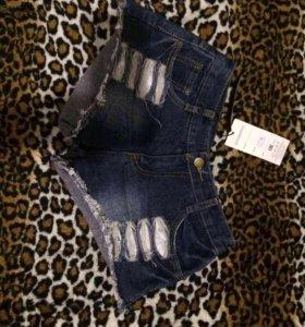 Продам джинсовые шортики