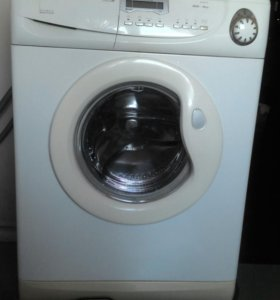 Продам стиральную машину Candi