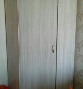 Продам угловой шкаф