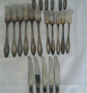 Мельхиоровые вилки.ножи.ложки