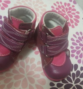 Девочкам ботиночки