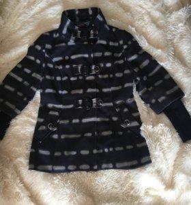 Продам Полу-пальто (торг)