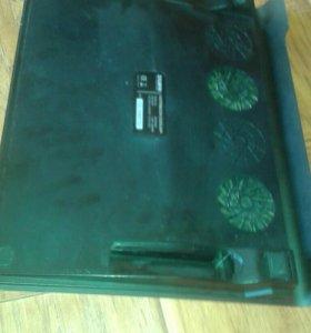 Охладительная подставка под ноутбук