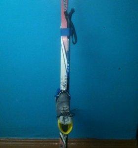 Комплект лыж и ботинки