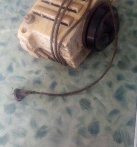Двигатель от стиральной машины малютки