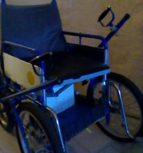 Кресло коляска для инвалидов прогулочная