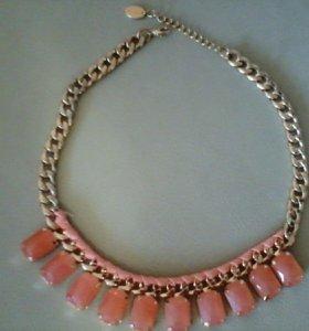 Ожерелье каралловое