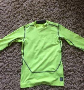 Nike одежда :кофта для занятий спортом
