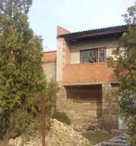 Дом 200 кв.м. на участке 10 соток