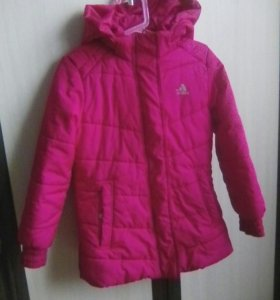 Куртка на девочку 6-8лет