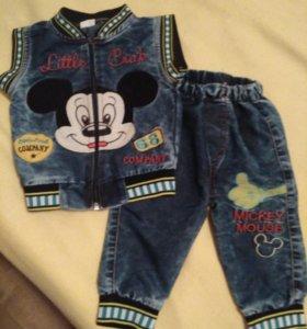 Джинсовый костюмчик и джинсы.
