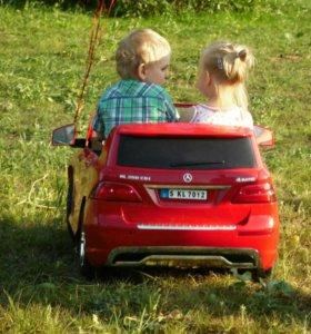 Детский двухместный электромобиль Mercedes Benz