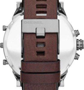 Часы наручные diesel