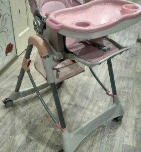 Детский стул для кормления.