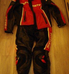 Мотокуртка и штаны spidi