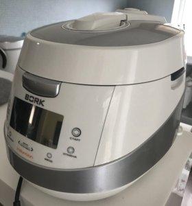 Мультиварка Bork u700 white
