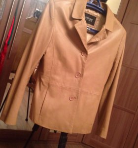 Куртка кожаная бежевая