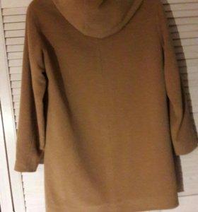 Шерстяное пальто 46 размер
