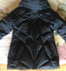 Женская спортивная зимняя куртка
